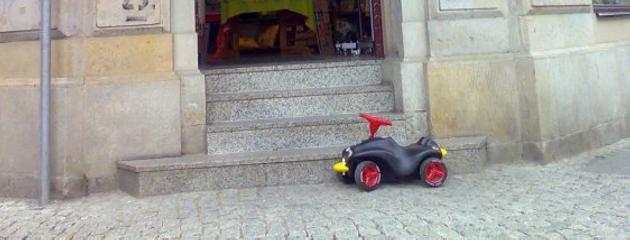 Typischer Falschparker in der Dresdner Neustadt - da muss was passieren!