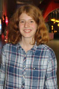 """Marlene (16) beschreibt ihre erste JMT in einem Wort mit Begegnungen - """"mit Menschen, Meinungen und Inhaten""""."""